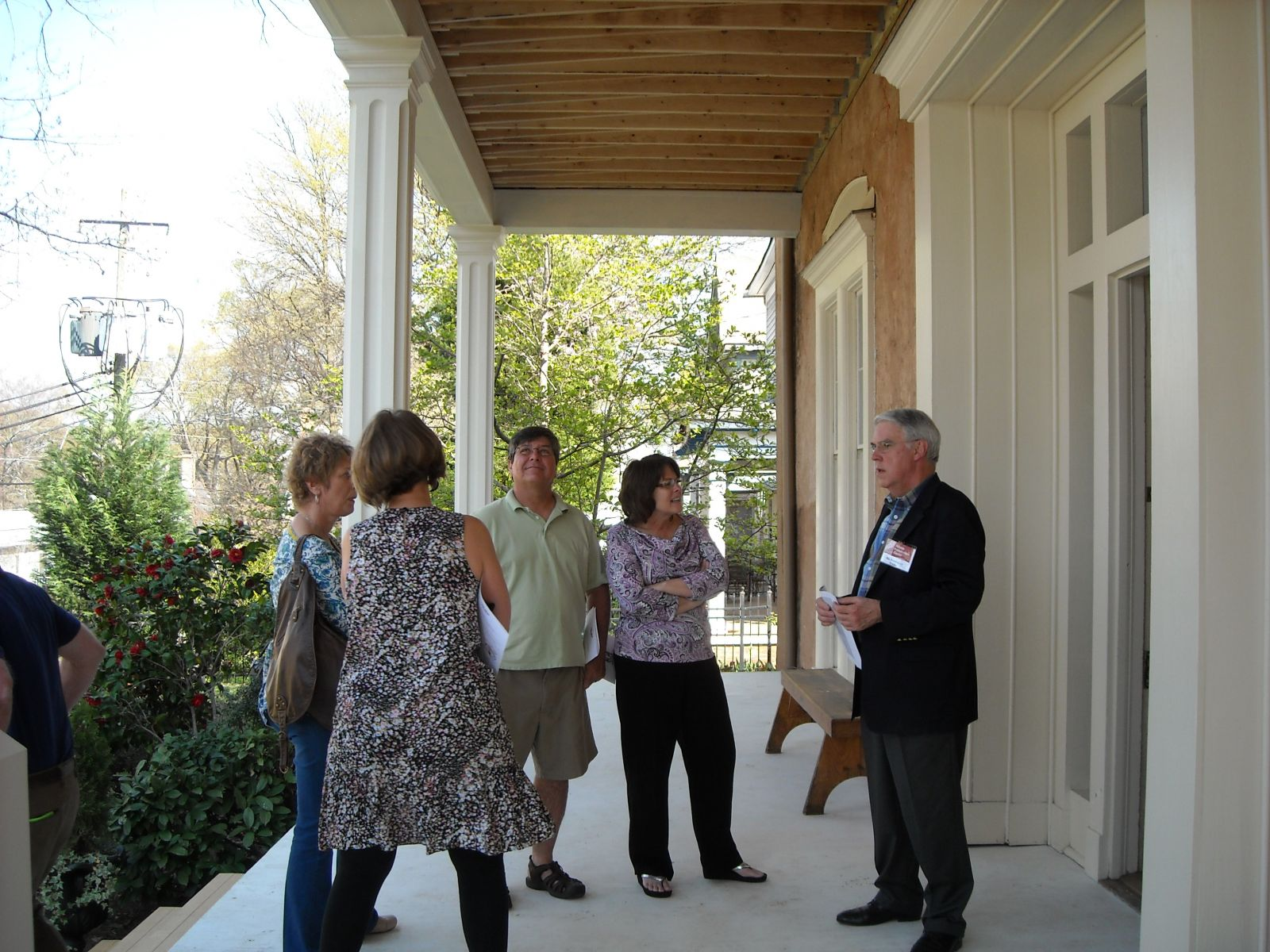 Trustee, Bill Pennington, welcomes guests to the LP Grant Mansion.